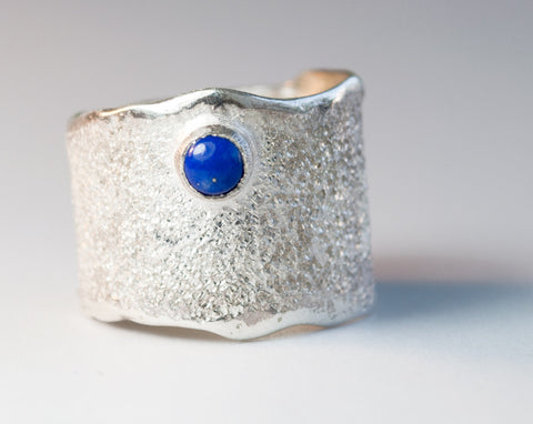 Blue lapis Wide Silver ring, blue lapis Solitaire ring rough textured wide ring - Handmade with love from Greece