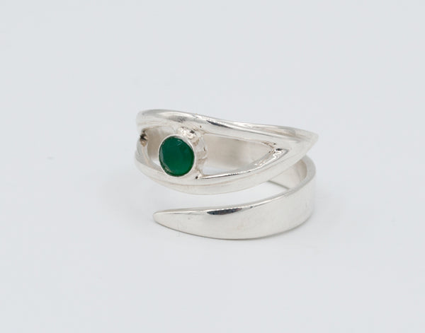 handmade green agate silver ring - green agate solitaire ring - green stone ring