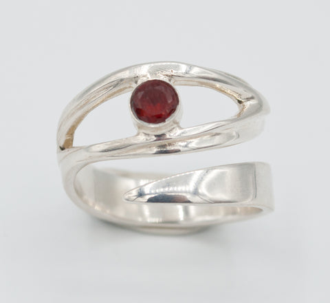 red garnet silver ring, January birthstone ring, eye ring, red stone ring