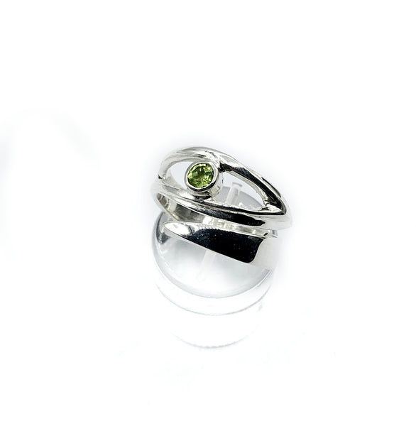 eye ring peridot silver ring, silver eye ring with green stone ring - Handmade with love from Greece