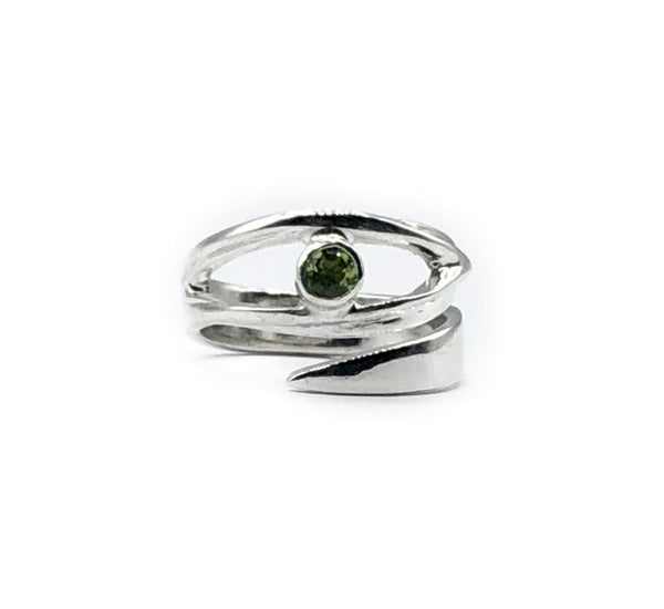 eye ring peridot silver ring, silver eye ring with green stone ring