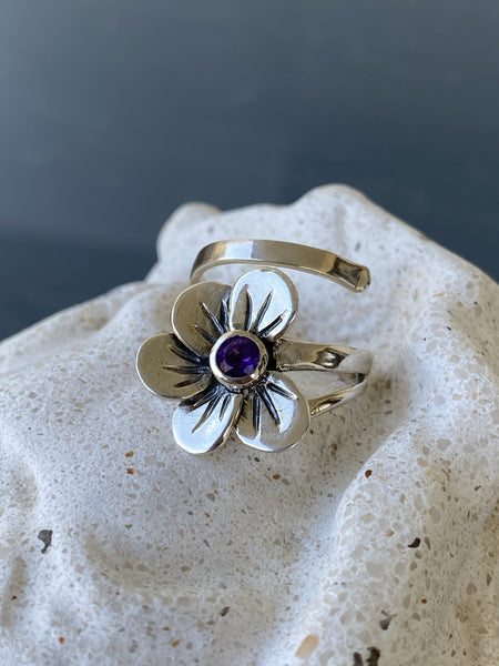 poppy flower ring, amethyst silver ring, silver ring adjustable