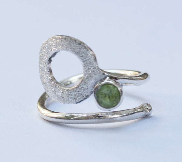 open circle ring, peridot silver ring, silver geometric ring with green stone ring peridot solitaire ring handmade in Greece