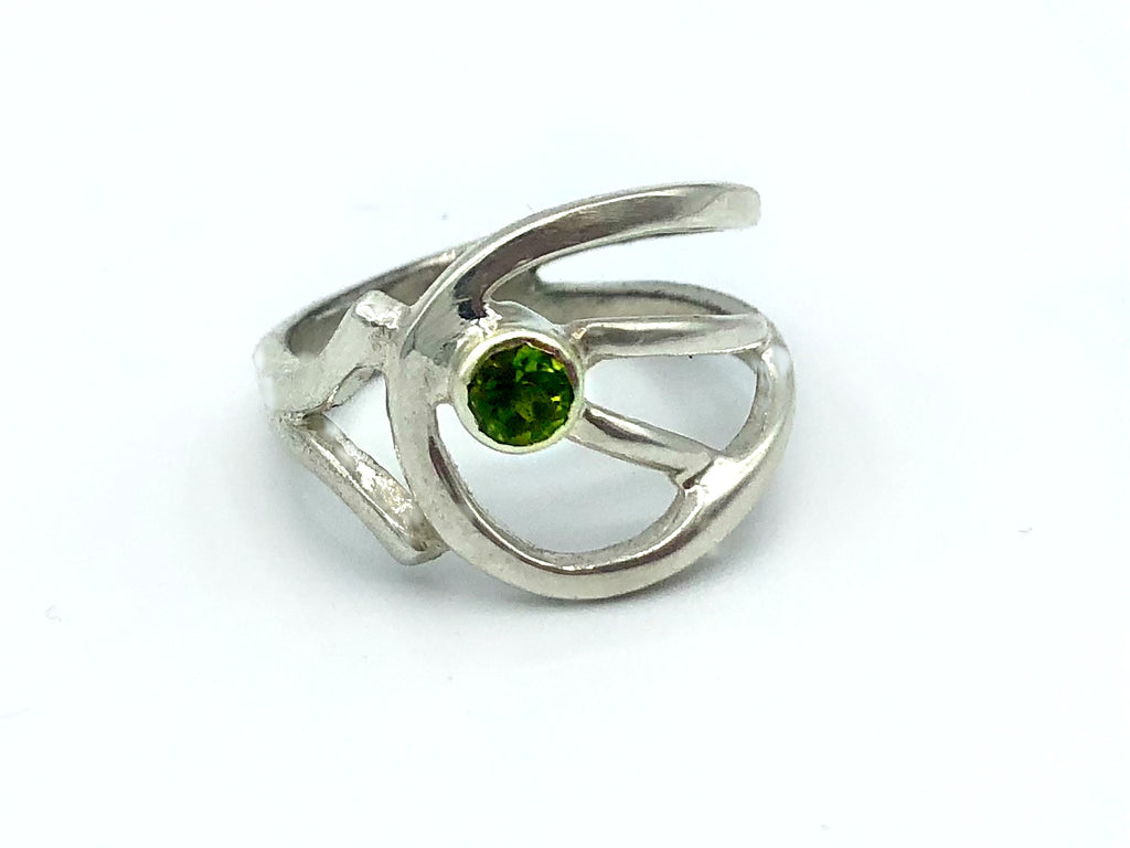 green peridot silver ring, August birthstone ring, modern silver ring
