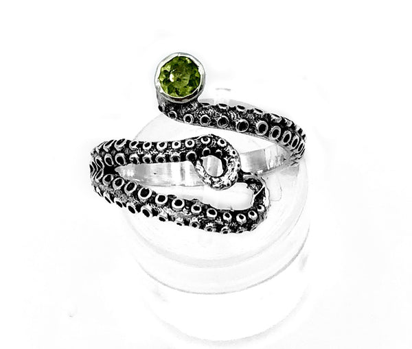 octopus silver ring, peridot ring, tentacle ring, silver adjustable ring, August birthstone ring