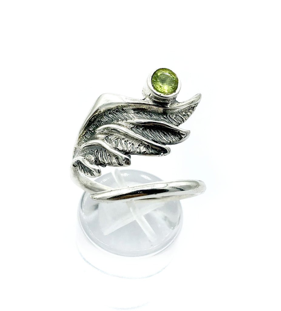 wing ring, angel ring, angel wing ring, green peridot ring adjustable ring