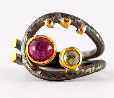 Artisan ring pink tourmaline peridot hammered silver ring - Handmade with love from Greece