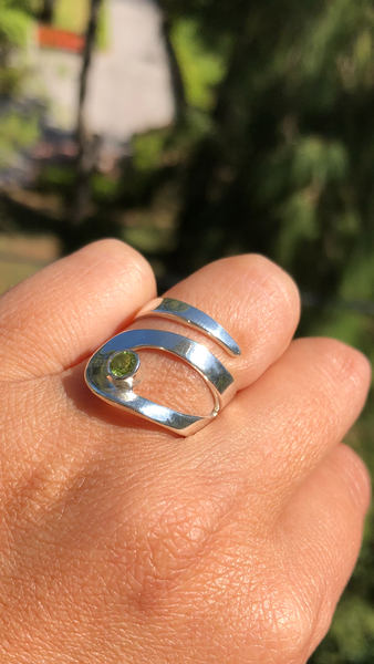 Peridot ring, silver peridot ring adjustable