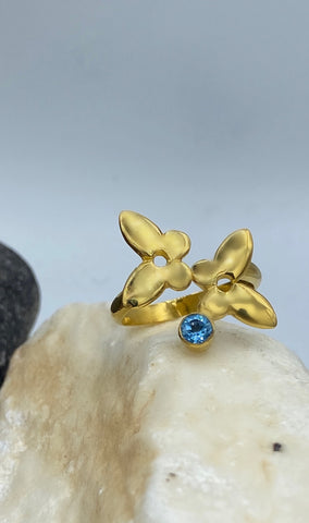 Women's fashion ring gold butterfly ring