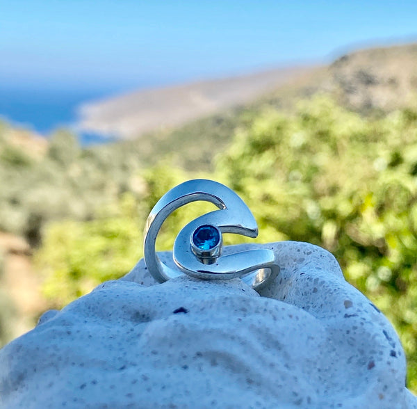 Wave ring silver with blue topaz gemstone