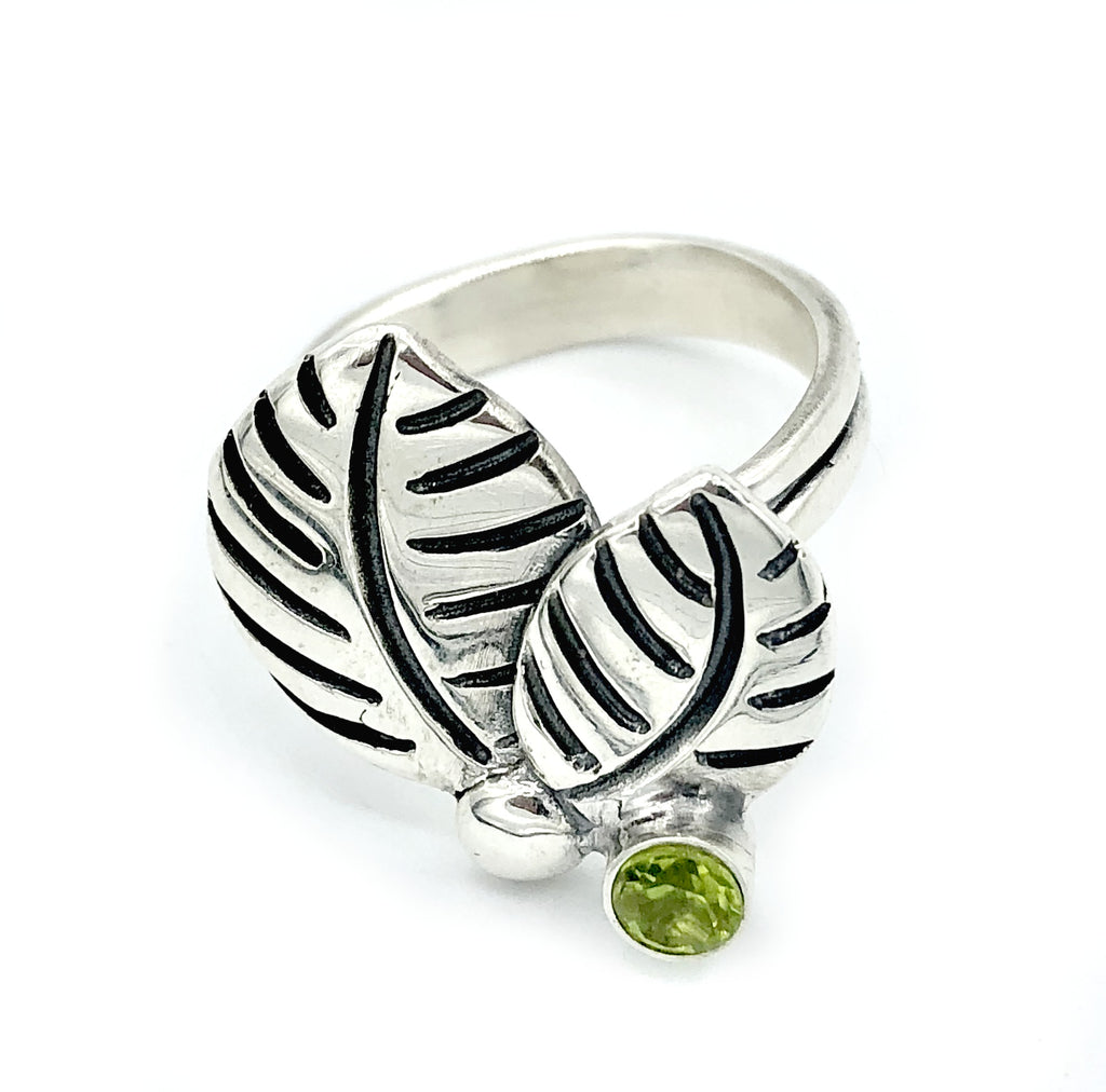 leaves ring, green peridot silver ring, peridot adjustable silver ring