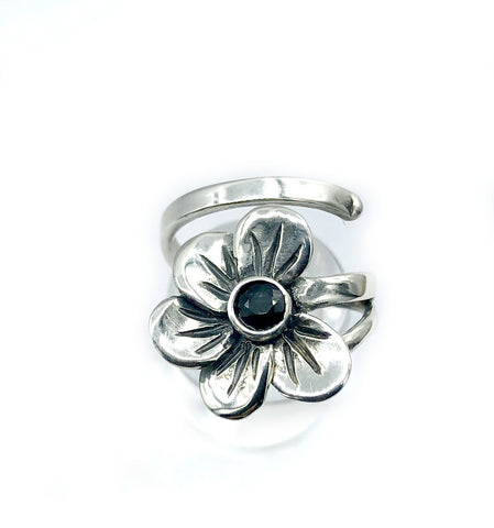 poppy flower ring, black spinel silver ring, silver ring one size fits all