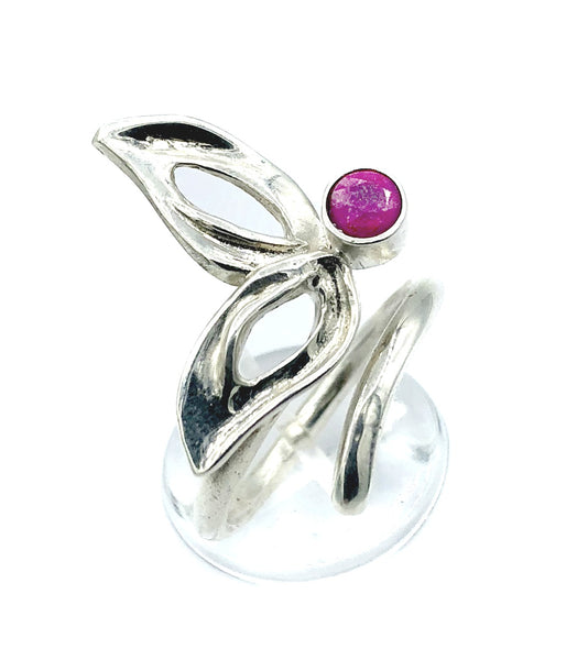 flower ring, ruby silver ring, one size fits all ring, modern ring
