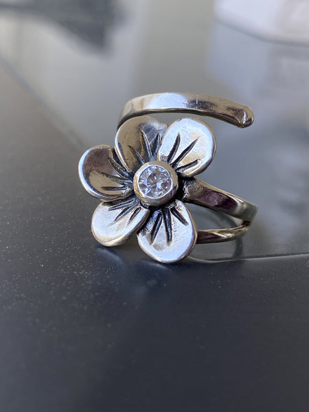 silver ring, flower ring silver, gemstone ring