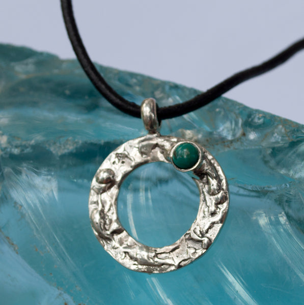 circle pendant with turquoise stone, silver pendant with stone, circle pendant
