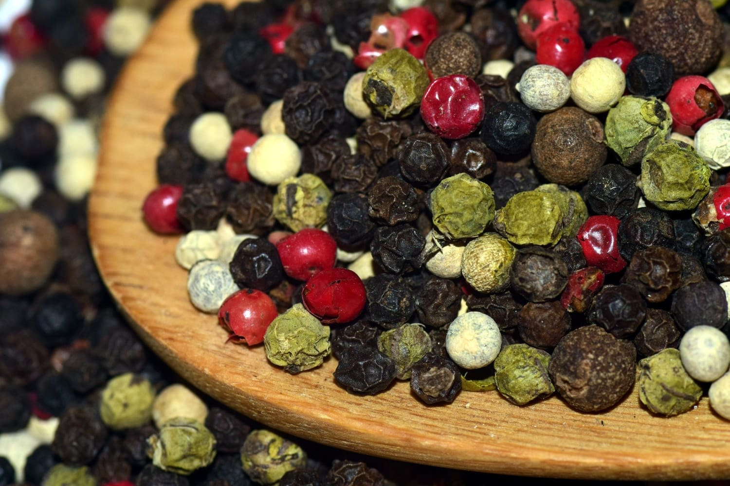 The Surprising Benefits of Black Pepper