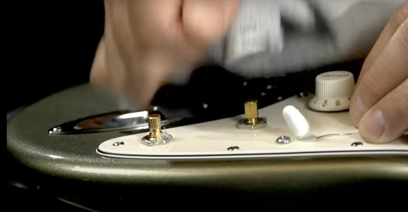 How to Remove Plastic Guitar Knobs Without Damage - Fender Stratocaster