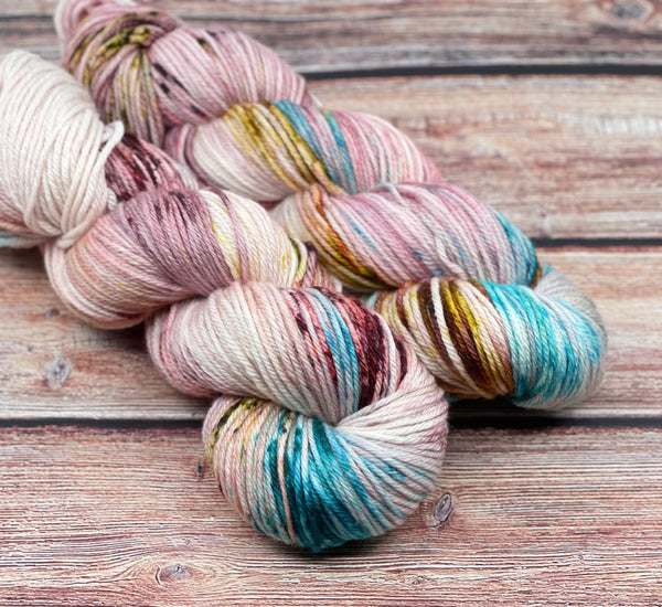 Tender Hearts Club on Creme Puff MCN DK