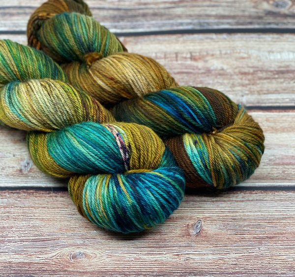 Copperwing on Creme Puff MCN DK