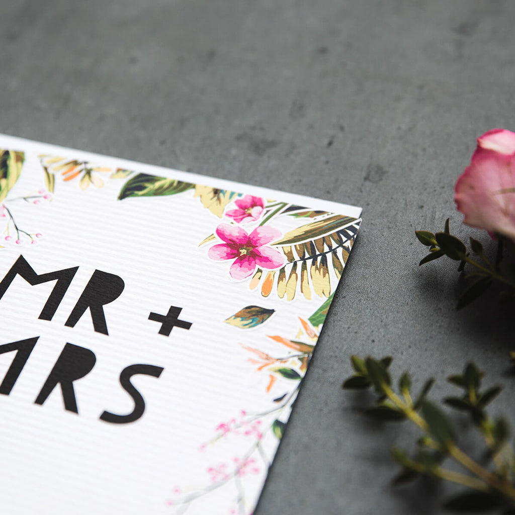 'Mr & Mrs' Wedding Day Card