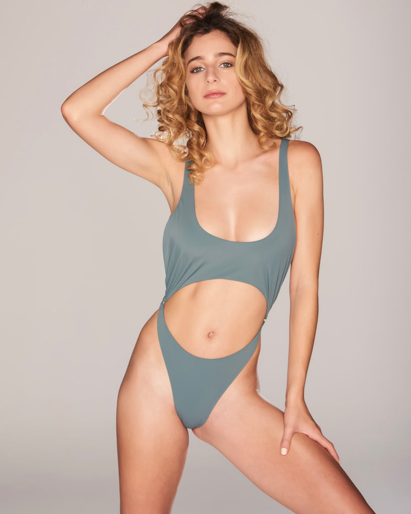 KATIA ONE PIECE