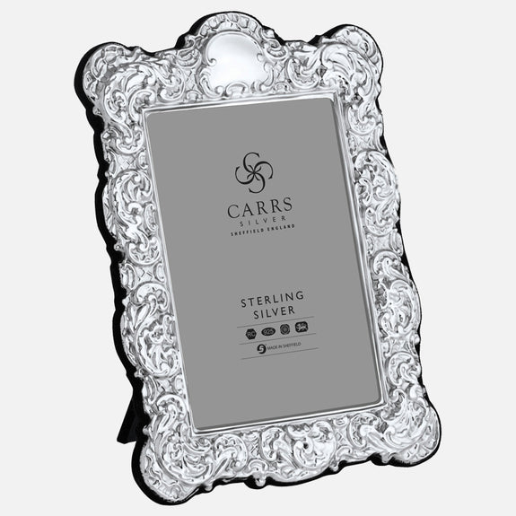 "Traditional 6"" x 4"" Sterling Silver Photo Frame With Grey Velvet Back"