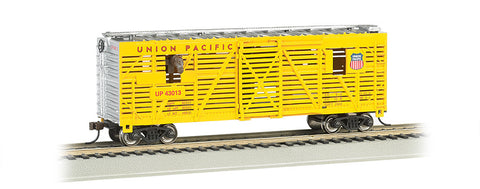 Union Pacific(R)  - 40ft Animated Stock Car w/ horses (HO Scale)
