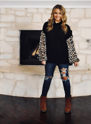 Leopard Print Puff Sleeve Sweater
