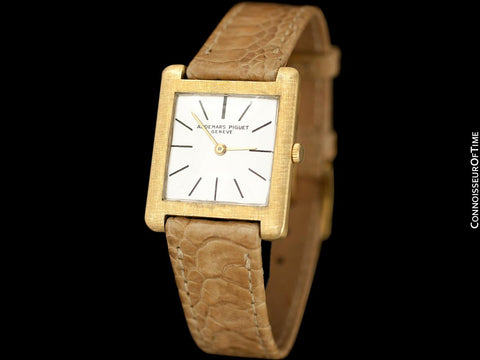 "1963 Audemars Piguet ""Extra-Flat"" Vintage Mens Midsize Watch - 18K Gold"
