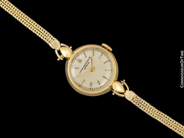 c. 1945 Patek Philippe Vintage Ladies Ref. 1111 Watch - 18K Gold