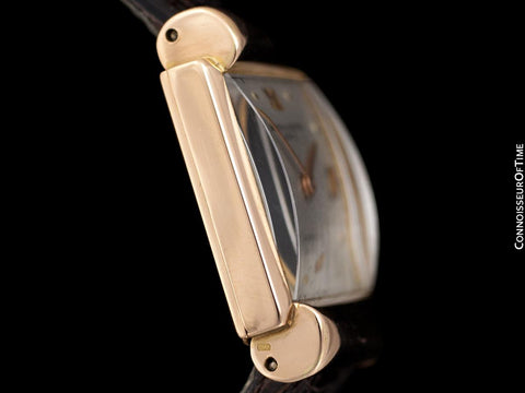1936 Vacheron & Constantin Vintage Mens Midsize Art Deco Watch with Hooded Lugs - 18K Rose Gold