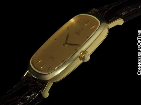 Omega De Ville Mens Ultra Thin Dress Watch in Gorgeous Condition - 18K Gold
