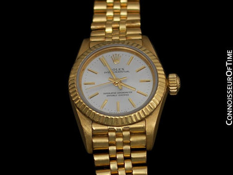 Rolex Ladies Oyster Perpetual Silver Dial Ref. 67197 - 18K Gold