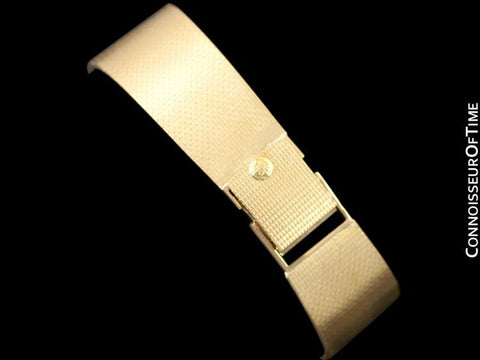 1975 Patek Philippe Vintage Mens Gondolo Ultra Thin Bracelet Watch - 18K Gold