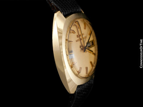 1972 Bulova (Accutron) Accuquartz Retro Mens Day Date Watch - 14K Solid Gold with Diamond