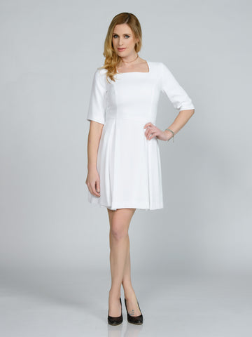 BELTED WHITE FAILLE TURTLENECK DRESS