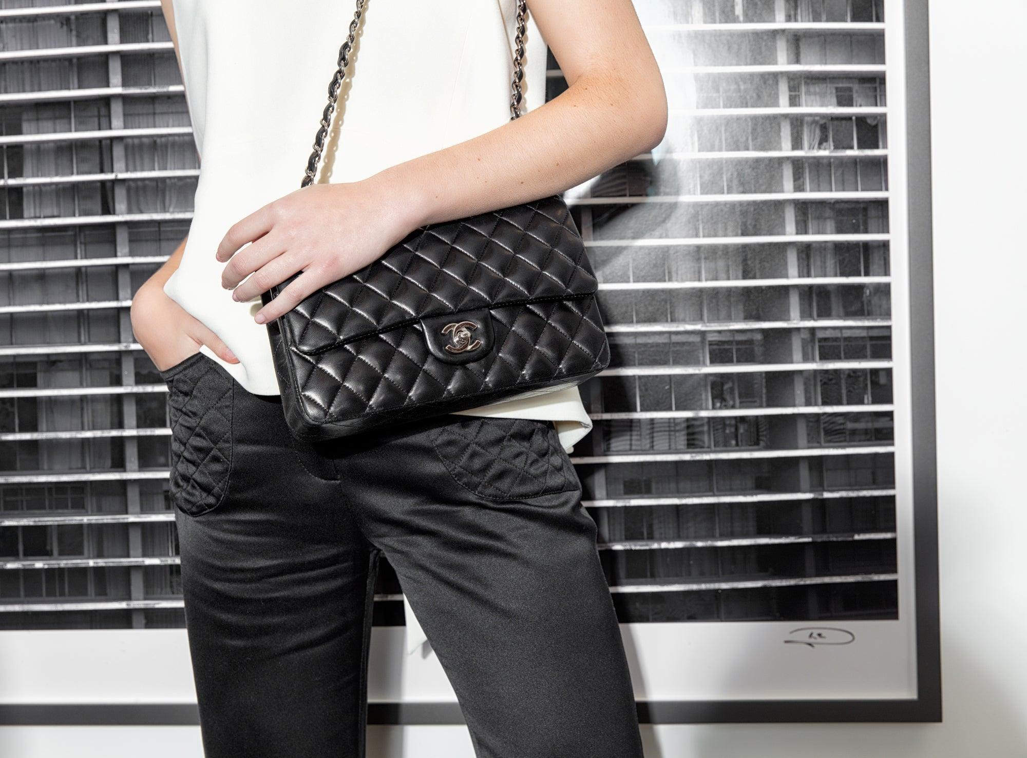 554c44f24e392 Shopping pre-owned luxury bags doesn t feel quite as straightforward as  buying used designer clothing