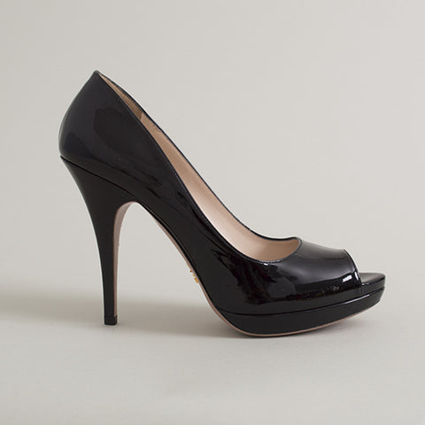 142ac7bceb3 Prada Black Patent Leather Open Toe Pumps – SuiteAdore