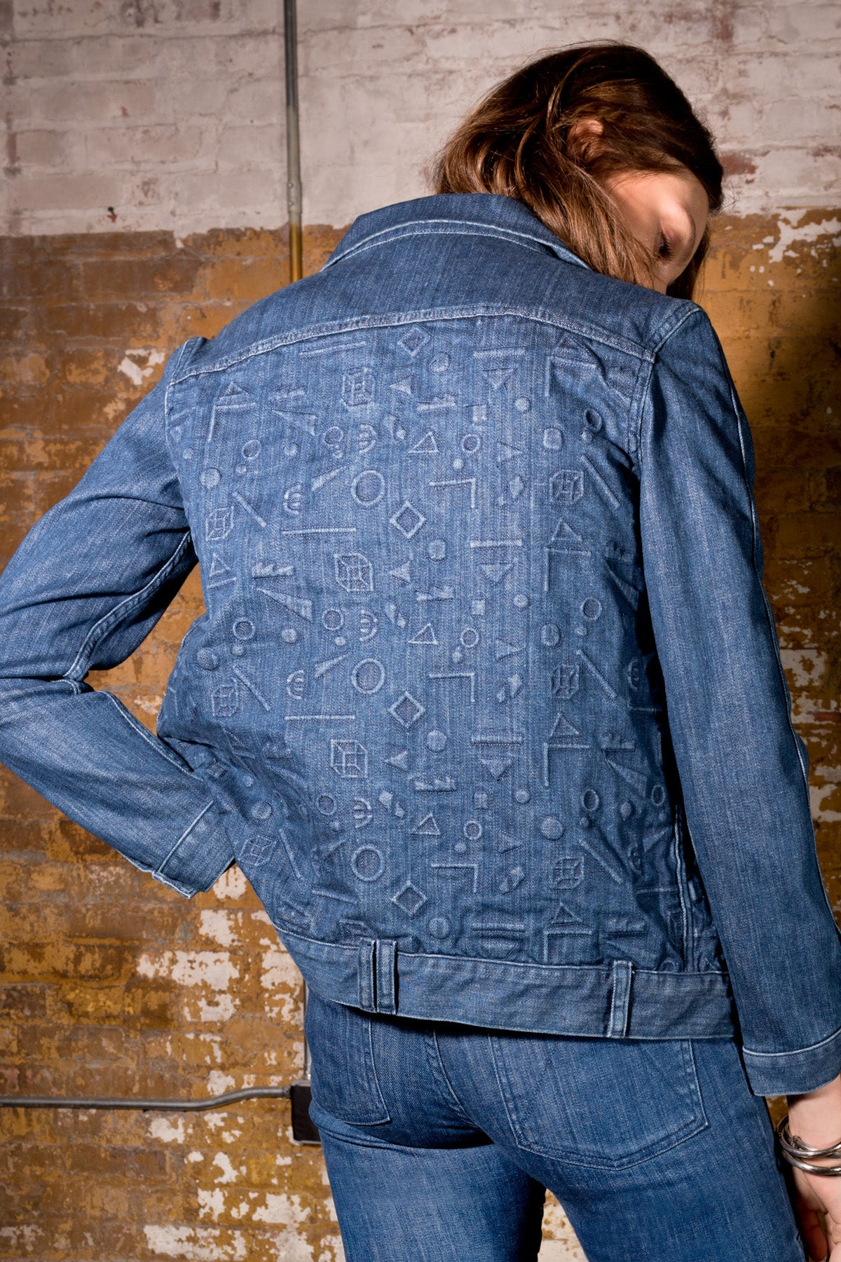 DEBBIE CLASSIC JACKET - EMBOSSED FLOATING SHAPES