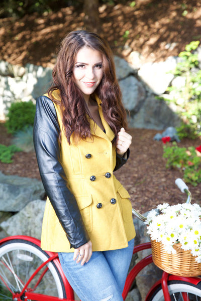 KISS IN THE RAIN JACKET - YELLOW - Red Gate Boutique