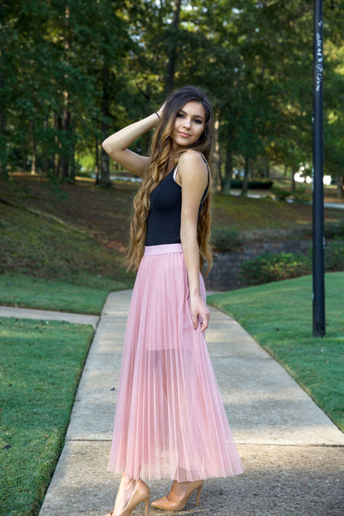 CUTIE PATOOTIE METALLIC SKIRT - DUSTY PINK - Red Gate Boutique