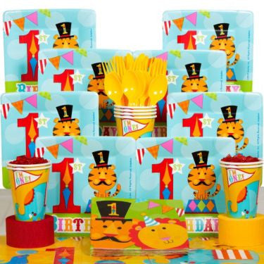 Fisher Price Circus Birthday Party Deluxe Tableware Kit Serves 8