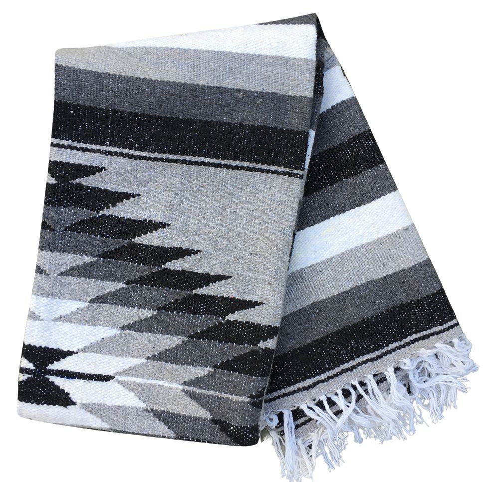 Diamond Blanket- Ebony and Ivory - Del Mex - 2