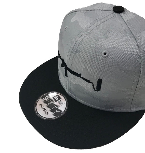 New Era Camo Snapback - Silver/Black