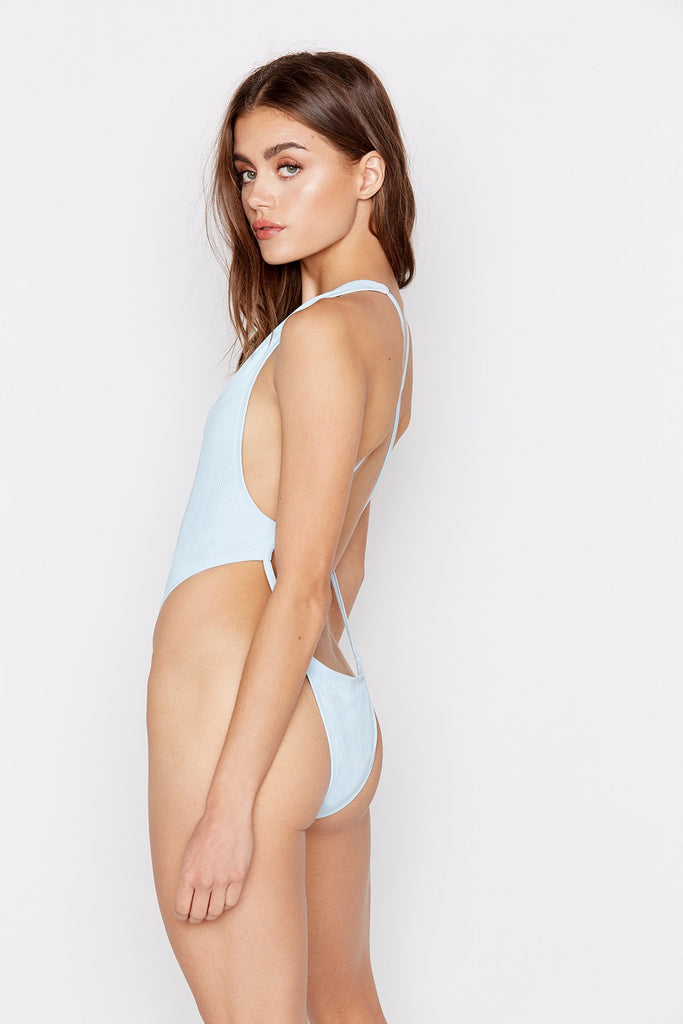 PARADISE ONE-PIECE