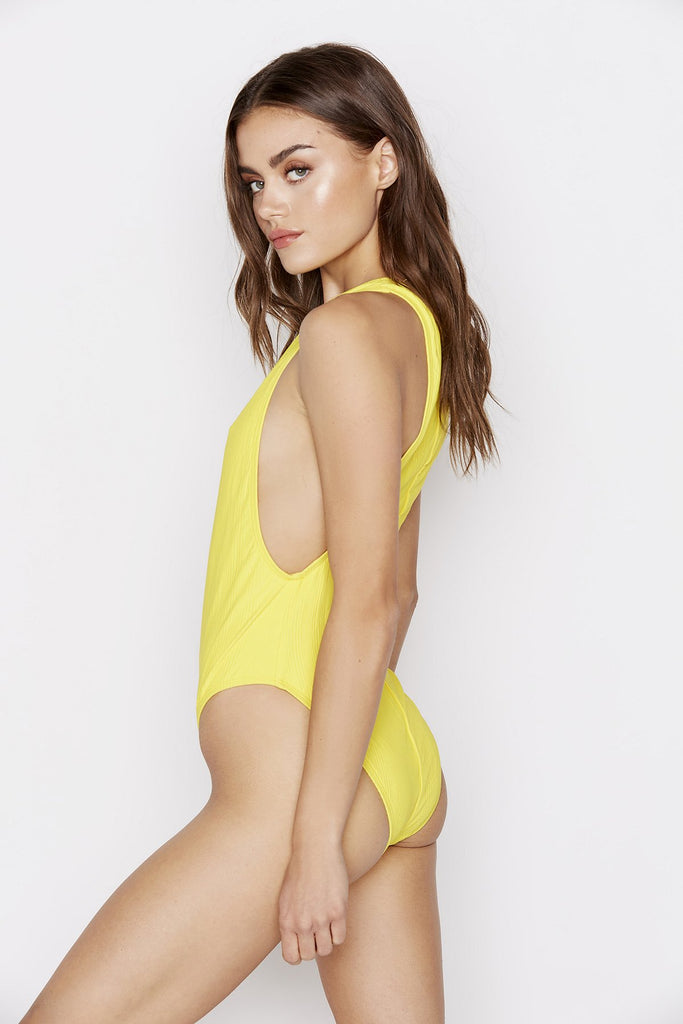 ISLA ONE-PIECE