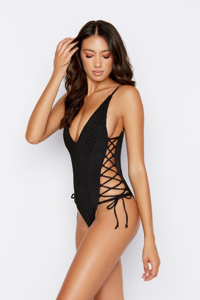 EXPEDITION ONE-PIECE