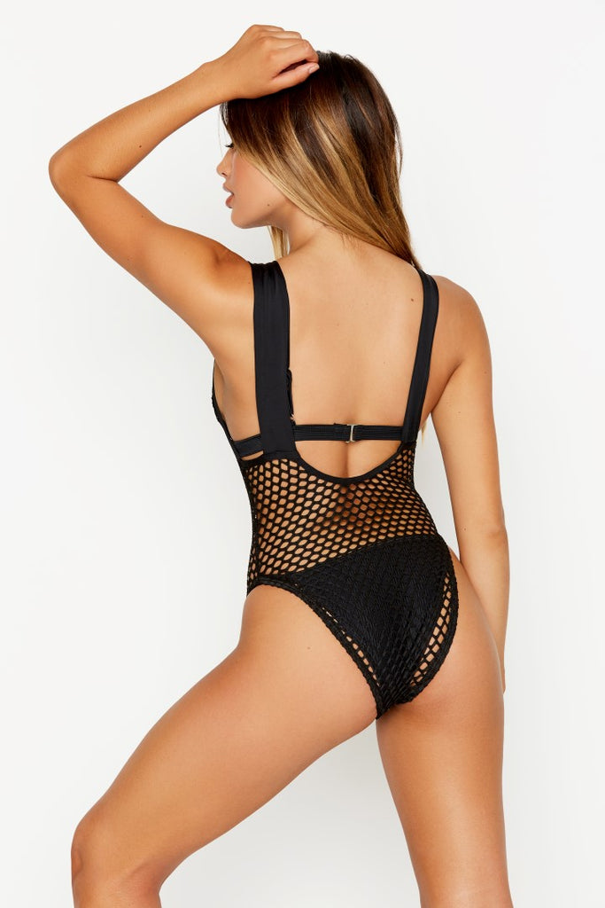 PASSAGE ONE-PIECE