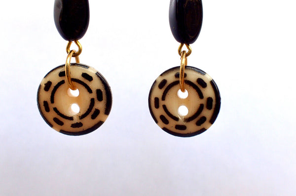 Vintage China Stencil Button Earrings, Black and Cream Buttons, Black Beads, Antique Buttons, Dangle Drop Earrings, Gold Ear Wires BCE407
