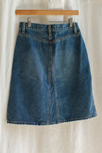Load image into Gallery viewer, Preloved Gap Mini Skirt - S